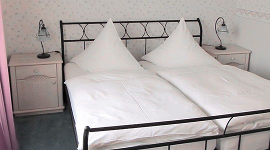 Wohnung B Schlafzimmer 1